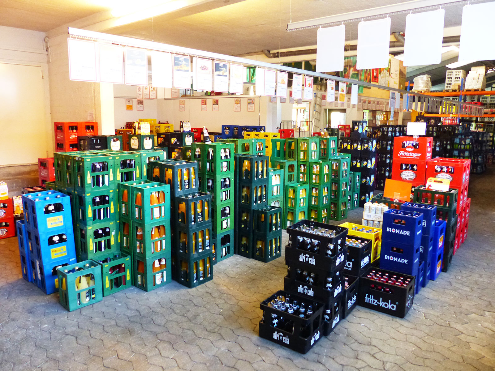 Getränke auf Kommission & Festausstattung für Feiern und Veranstaltungen von Getränke Zappei - Der Spezialist rund um Ihren Durst in Cochem Sehl an der Mosel