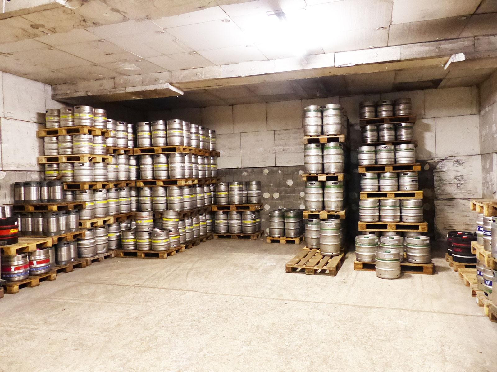Von A wie Apfelschorle über L wie Limo bis Z wie Zwetschgen-Likör im Getränkehandel von Getränke Zappei - Der Spezialist rund um Ihren Durst in Cochem Sehl an der Mosel
